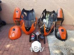03 04 SUZUKI GSXR 1000 SharkSkinz FULL Race Fairings Spare HOTBODIES 2 Fuel Tank