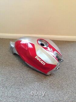 Ducati Panigale R fuel tank aluminium model 899 959 1199 1299 lovely race