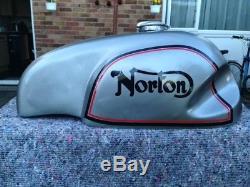 Norton Race Tank, fiberglass, wideline, Triton, caferacer