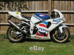 Suzuki Gsxr 1000 K1 K2 Race Track Fairing And Fuel Tank 2001 2002