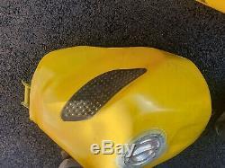 Suzuki gsxr 1000 k4 k3 race track fairings and fuel tank