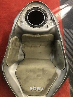Triumph Daytona 675 675R Fuel Petrol Tank 13 14 15 16 Race Track Grey