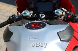 ZP112 CNC RACING Ducati Panigale V4 Carbon Fuel Tank Sliders